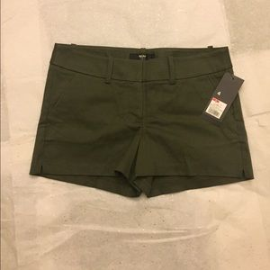 Mossimo stretch extensible short